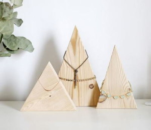 Wood Mountains DIY Necklace Holder